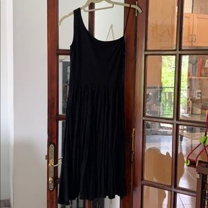 One shouldered black cotton dress